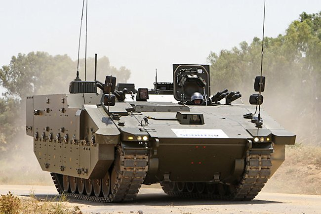 Here you can see the top and lower bolt-on side armour system