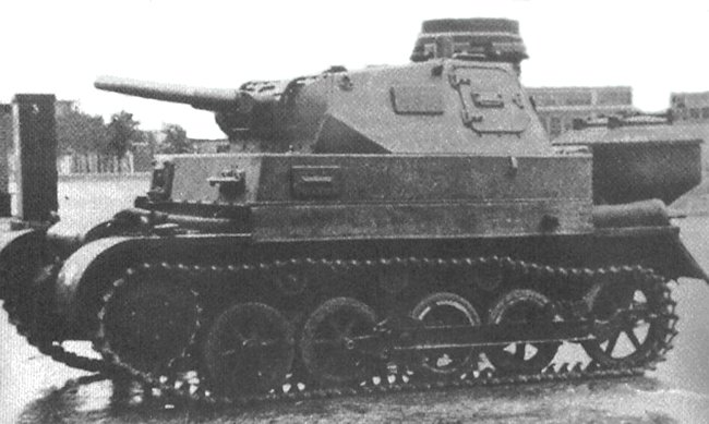 German tank school wood gas powered Fahrschulpanzer I Ausf.A chassis and a Panzer III turret armed with 3.7 cm (1.46 in) gun used for teaching three-man turret crew procedures