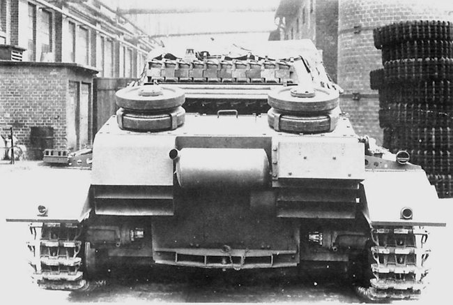 View of the rear of a 10.5cm leFH 18/1 (Sf) auf Geschützwagen IVb