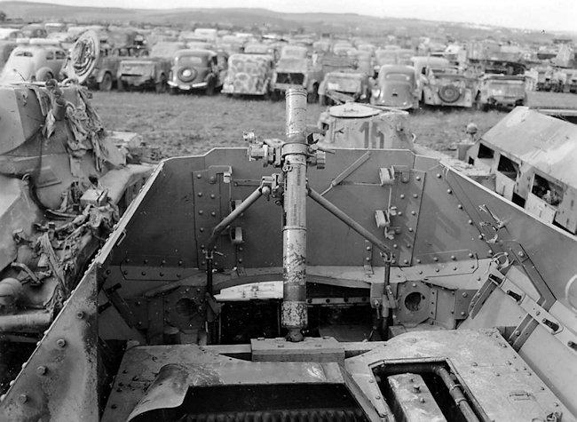 8cm schwere Granatwefer 34 auf Panzerspahwagen AMR(35f)