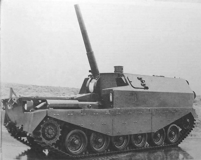 Centurion FV3805 SPG with the 5.5 inch gun at full elevation.
