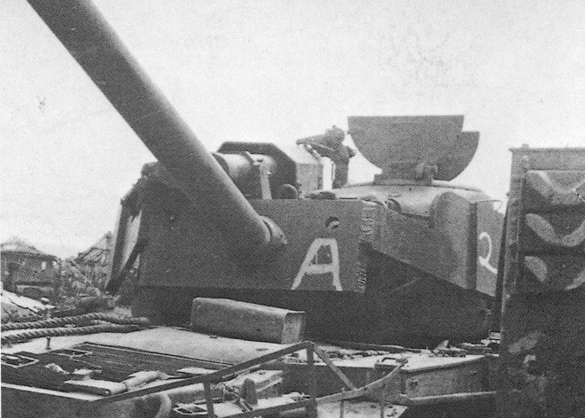The Super Pershing in its final resting place at the tank dump in Kassel. Note the addition armored