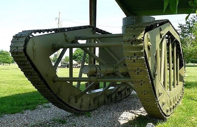 US Pioneer Tractor Skeleton Tank