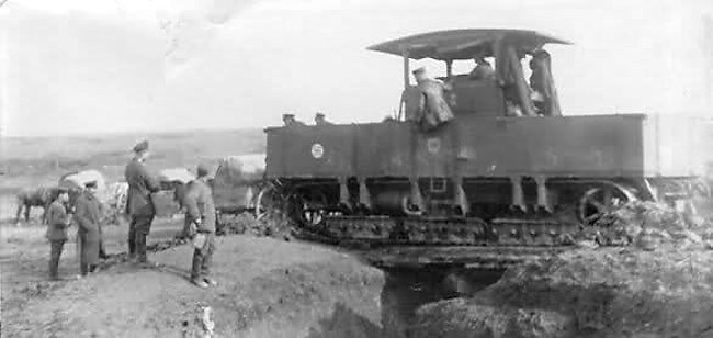 Gelandewagen trench crossing