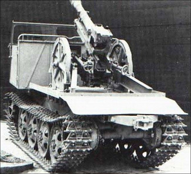 7.5cm Gebirgsgeschütz 36 (7.5 cm GebG 36) light mountain howitzer mounted on the rear of a RSO/3