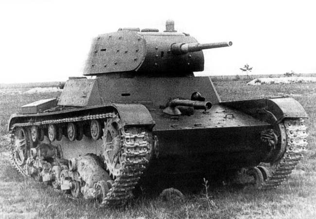A HT-134 before being sent to the Finnish front. Notice the bolted armoron the turret to give the tank some much needed protection