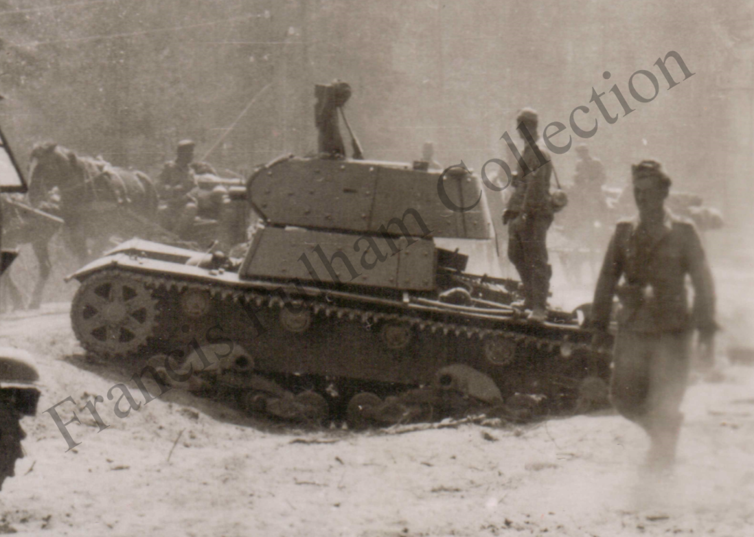 A HT-133 that had been screened. This tank was lost in early September 1941