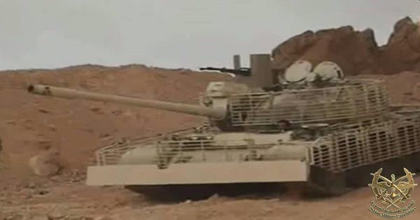 A T-55 upgraded in a manner similar to the Mahmia. The armor differs from, even if it resembles, a T-72 Mahmia's armor