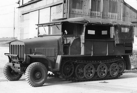 Vauxhall B.T. Three-Quarter track 'Traclat'