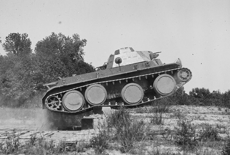 Christie T3E2 prototype during trials. It was one of the last of a whole lineage of cavalry (convertible) tanks.